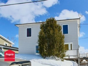 24595340 - Maison à étages à vendre