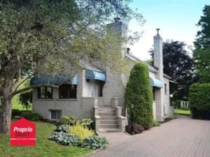 25443965 - Maison à étages à vendre