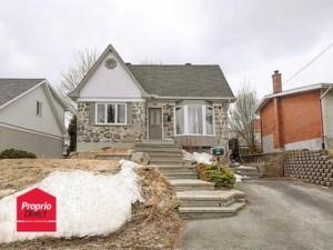 26573265 - Maison à étages à vendre