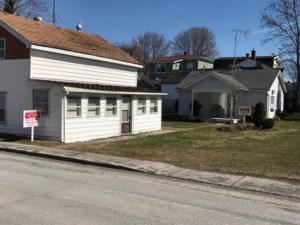 14850218 - Maison à étages à vendre