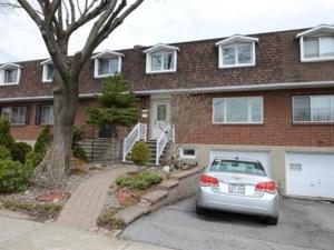 19563563 - Maison à étages à vendre
