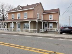 19974556 - Maison à étages à vendre