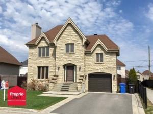 21032465 - Maison à étages à vendre