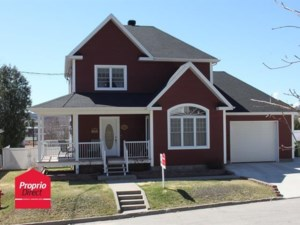 22747477 - Maison à étages à vendre