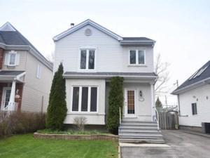 18203020 - Maison à étages à vendre