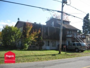 14219882 - Maison à étages à vendre