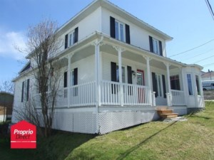18126986 - Maison à étages à vendre