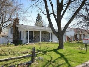 26459678 - Maison à étages à vendre