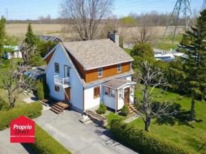 20627251 - Maison à étages à vendre