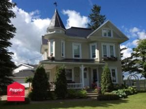 20731558 - Maison à étages à vendre
