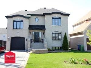 22033832 - Maison à étages à vendre