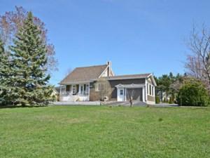 11930177 - Maison à 1 étage et demi à vendre