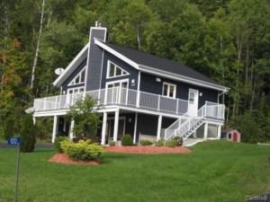 19436712 - Maison à étages à vendre