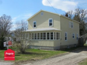 20390874 - Maison à étages à vendre