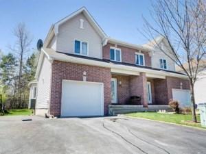22893104 - Cottage-jumelé à vendre