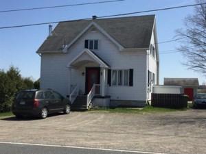 20638221 - Maison à étages à vendre