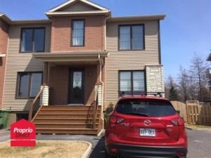 13389883 - Maison à étages à vendre