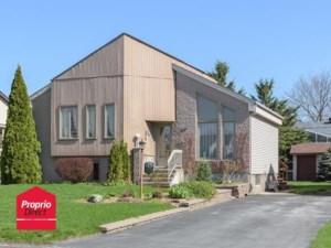 23394445 - Maison à étages à vendre