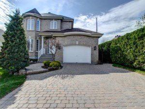 14087983 - Maison à étages à vendre