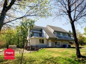19366637 - Maison à étages à vendre