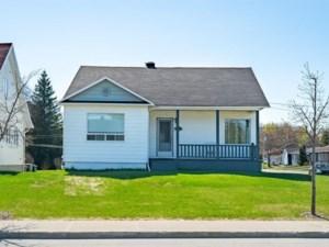 25266631 - Maison à 1 étage et demi à vendre