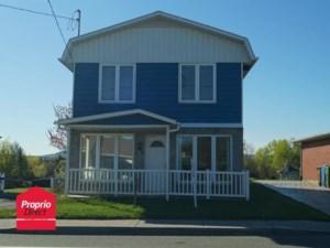 25887022 - Maison à étages à vendre