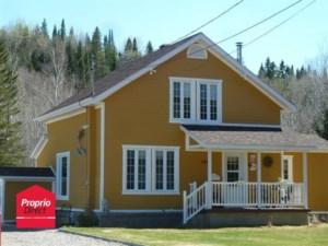 22384312 - Maison à étages à vendre