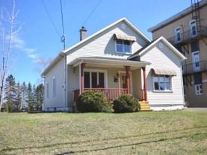 12289702 - Maison à 1 étage et demi à vendre