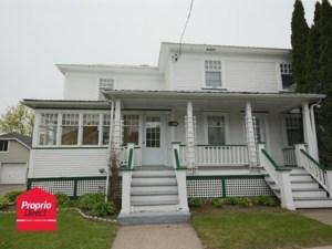 14098552 - Maison à étages à vendre