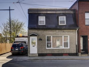 17916208 - Maison à étages à vendre