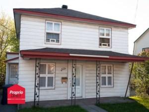 16966944 - Maison à étages à vendre