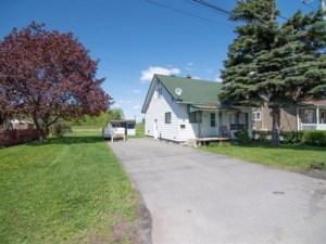 24112168 - Maison à étages à vendre