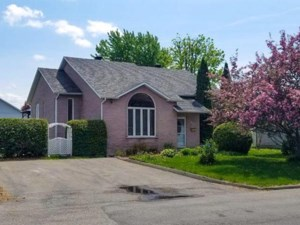 14325643 - Maison à paliers à vendre
