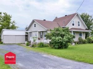 24231156 - Maison à étages à vendre