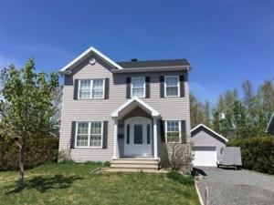 18504548 - Maison à étages à vendre
