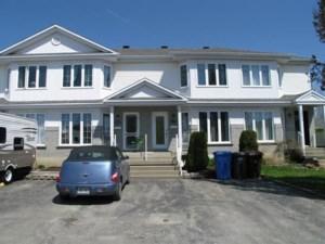 12126161 - Maison à étages à vendre