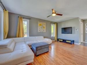 28247071 - Maison à étages à vendre