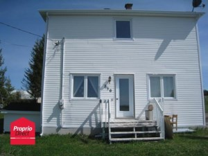 23660518 - Maison à étages à vendre