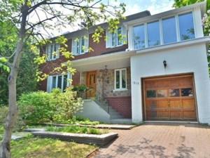 23260398 - Maison à étages à vendre