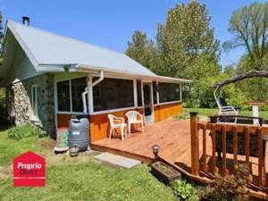 24890864 - Maison à 1 étage et demi à vendre