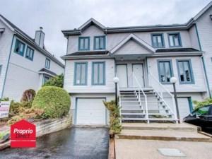 27402828 - Maison à étages à vendre