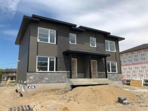 16692319 - Cottage-jumelé à vendre