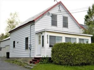 24579088 - Maison à étages à vendre
