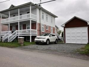 25417608 - Maison à étages à vendre