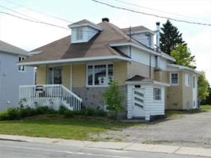 13632277 - Maison à 1 étage et demi à vendre