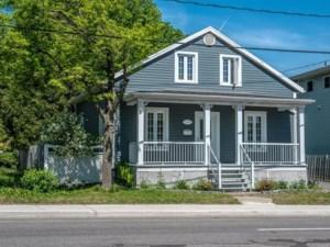 26976735 - Maison à étages à vendre