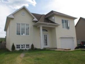 25540793 - Maison à paliers à vendre