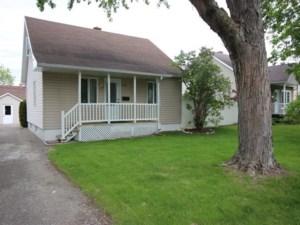 23912578 - Maison à 1 étage et demi à vendre