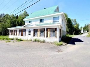 16320543 - Maison à étages à vendre
