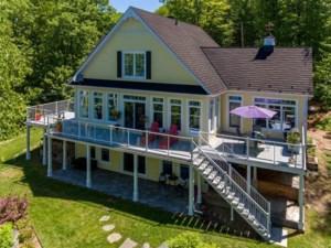 27036332 - Maison à étages à vendre